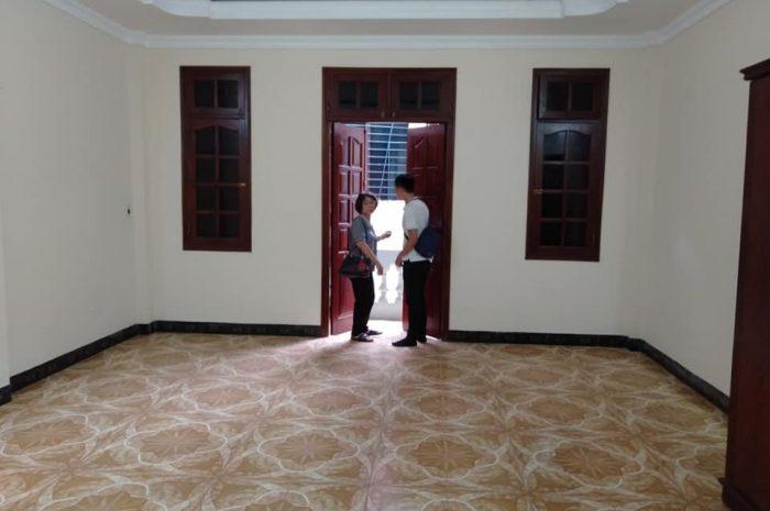 Bán nhà ngõ 629 Kim Mã, Ba Đình 5 tầng diện tích 63m2, mặt tiền 5.5m, giá 10,5 tỷ