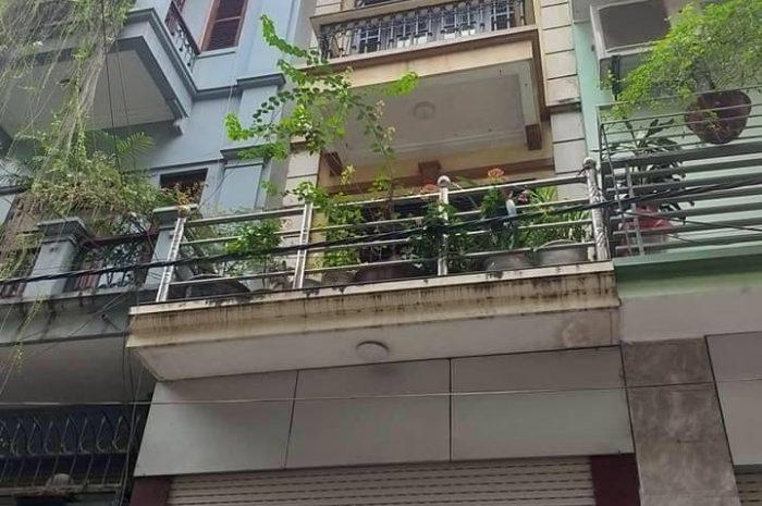 Bán nhà ngõ 97 Văn Cao 5 tầng diện tích 51m2, giá 10,2 tỷ