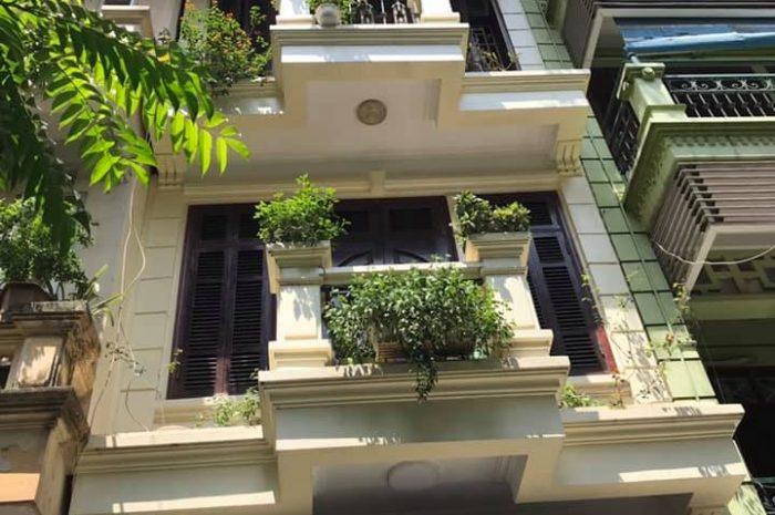 Bán nhà 4 tầngx57m2 Đội Cấn ngõ 2 ô tô tránh nội thất đẹp lung linh