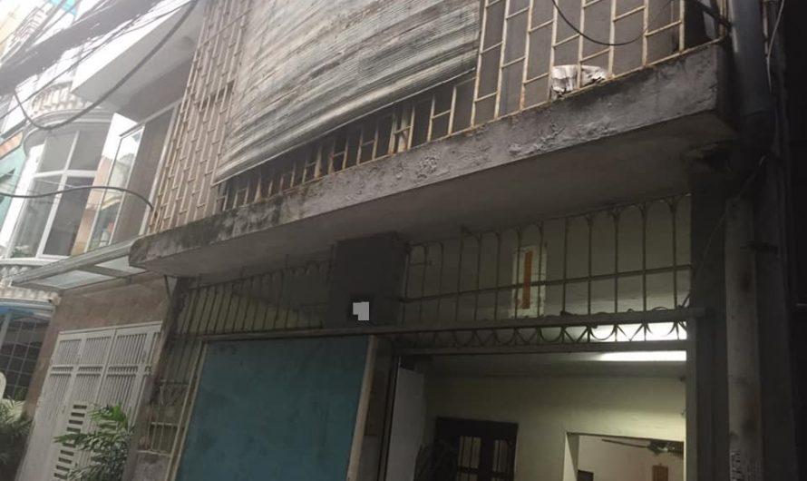 Bán nhà khu Vạn Bảo, Ba Đình, diện tích sổ 54m2, mặt tiền 4,5m. Giá 10,5 tỷ