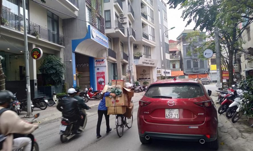 Bán nhà mặt phố Phan Kế Bính, vỉa hè rộng, tiện kinh doanh, giá hợp lý